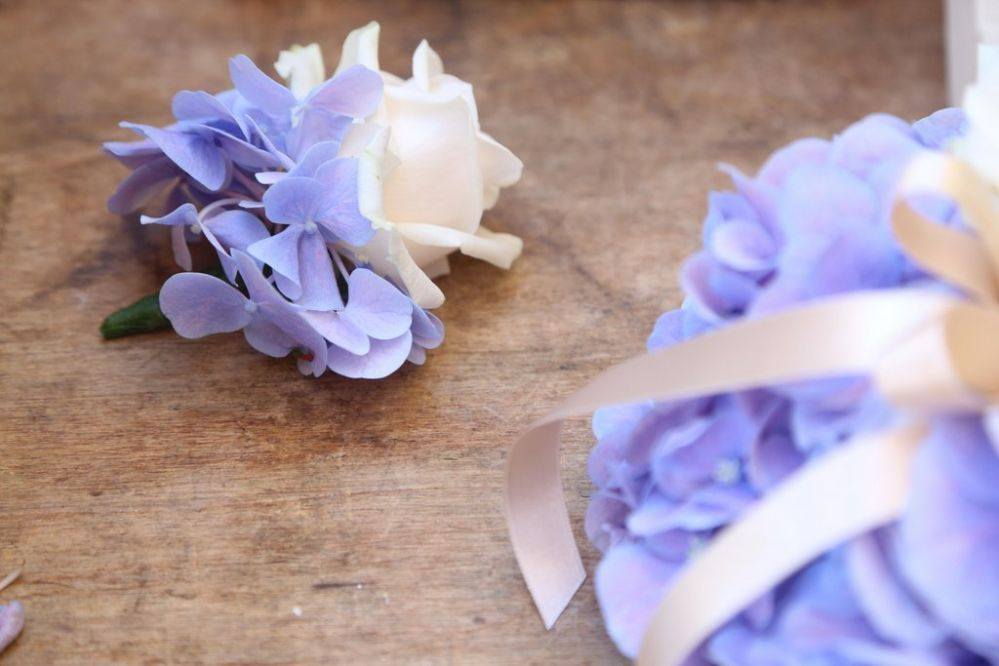 Buttonhole flowers with hydrangeas