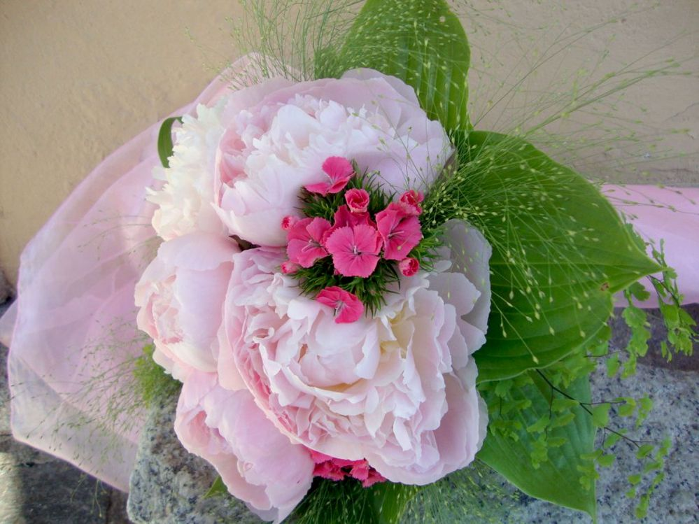 Bridal bouquet with paeonias and lisianthus