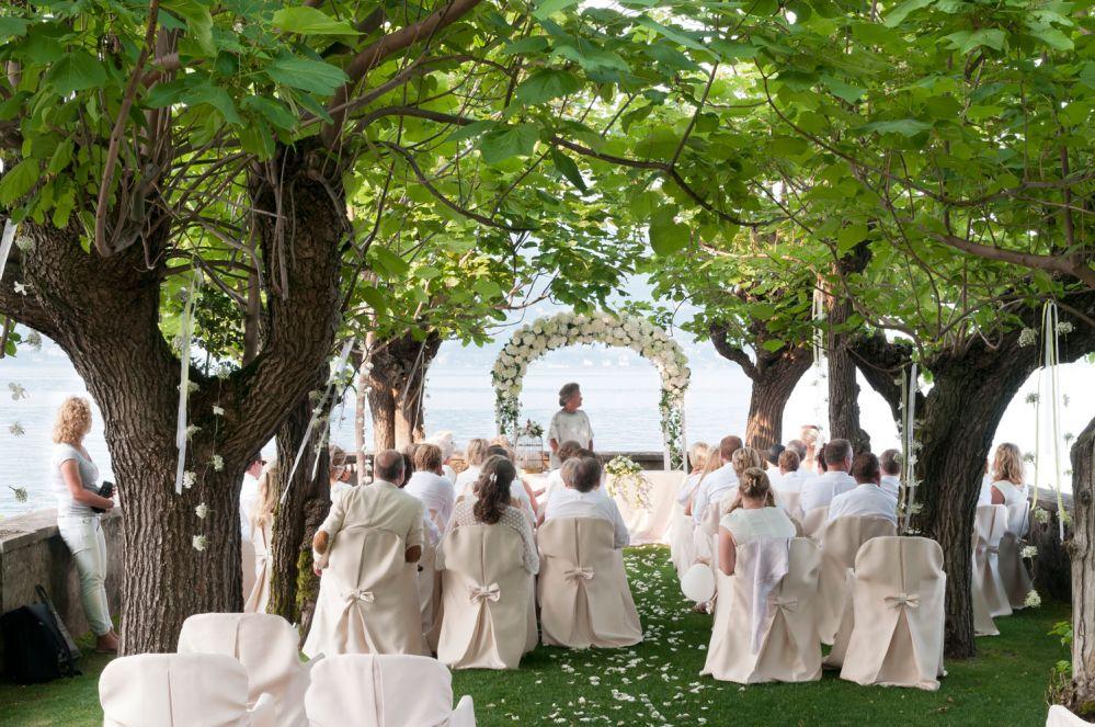A Wedding on Lake Maggiore: floral arrangements created by Giuseppina Comoli