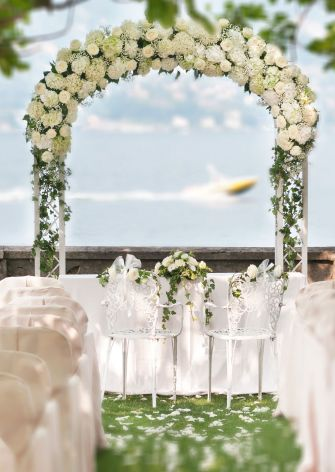 Civil wedding on Lake Maggiore: floral arrangements by Giuseppina Comoli